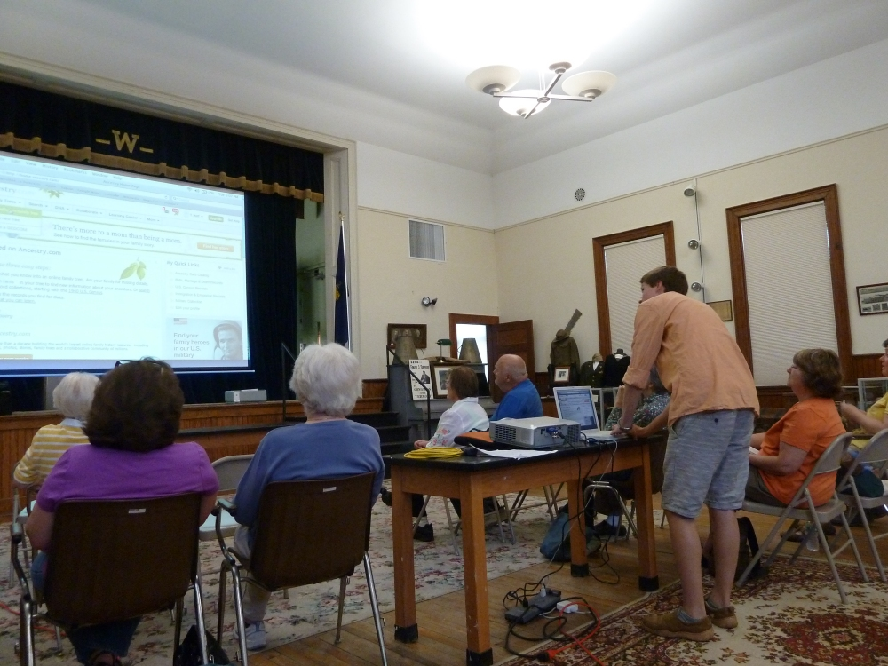 Genealogy Program (3/4)